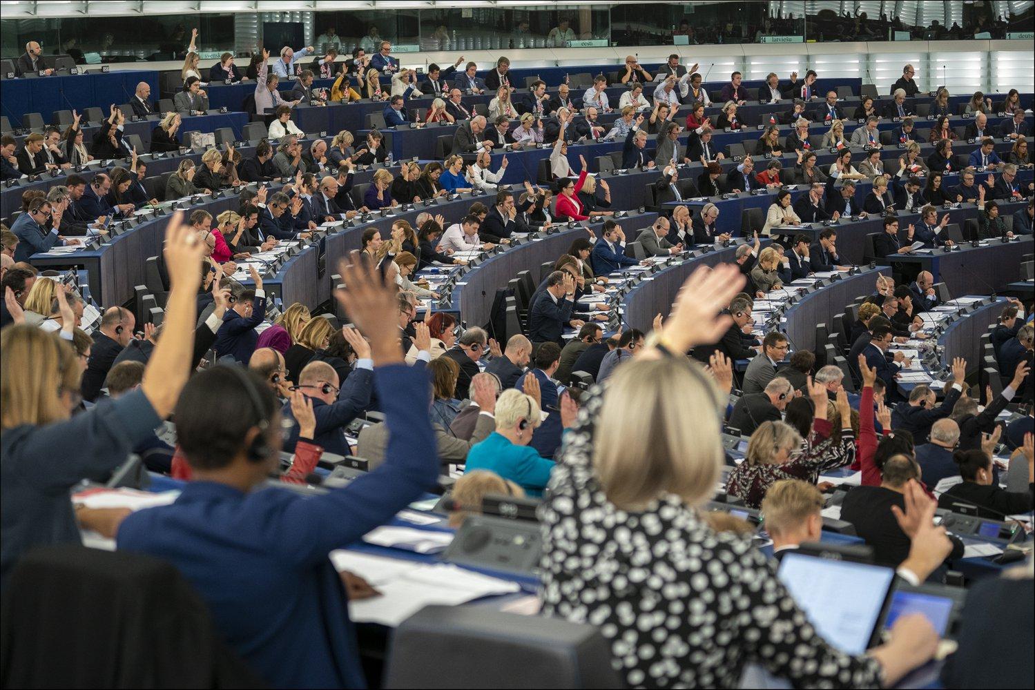 Комісія ЄС лише завершила розробку закону про клімат, а його вже розкритикували екоактивісти - зміни клімату, ЄС, глобальне потепління - 05 ES