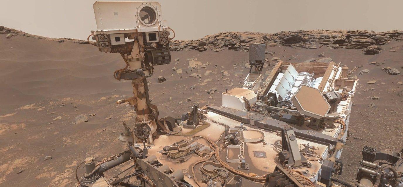 Озирнись на 360°: Curiosity зняв «найякіснішу» панораму Марса (ВІДЕО) - Червона планета, Марс - 05 mars