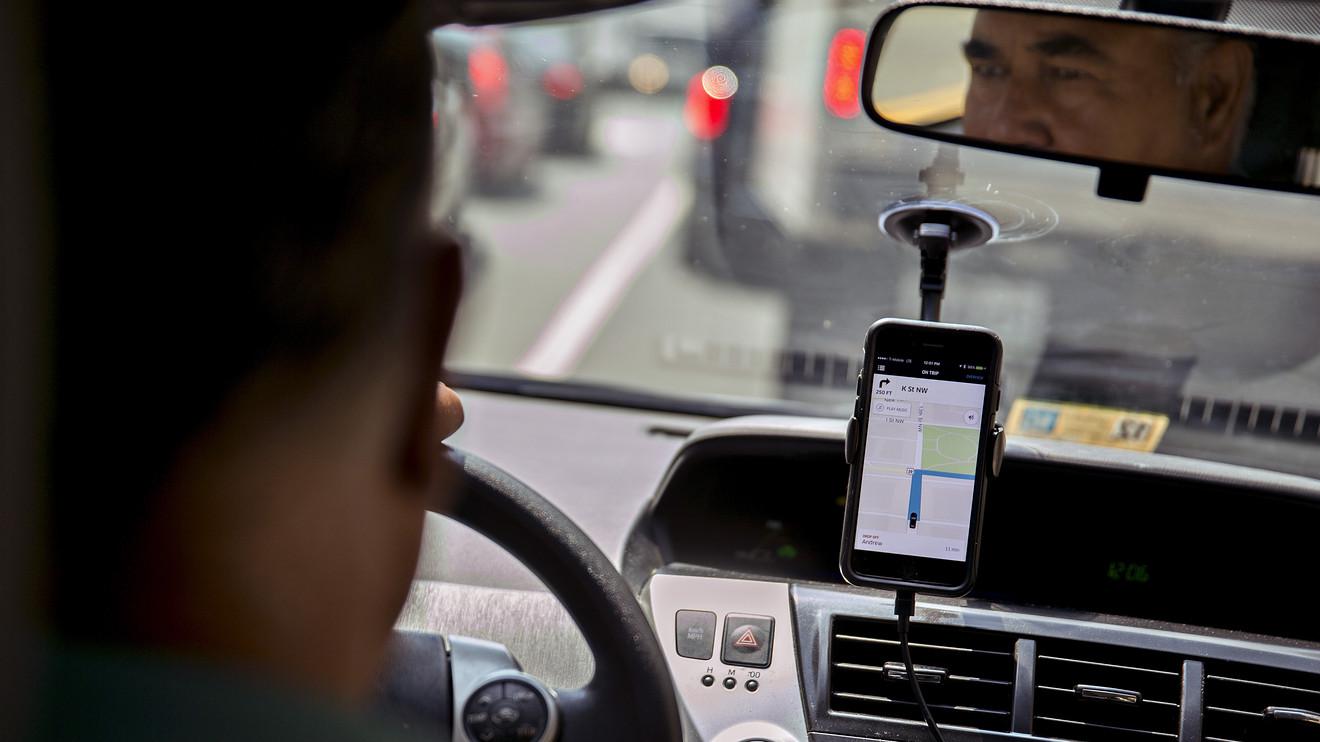 Кілька служб таксі у Києві зголосились безкоштовно возити лікарів - таксі, Віталій Кличко - 1 218