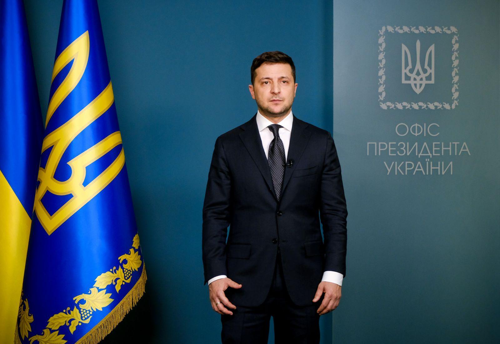 Президент анонсував жорсткі заходи безпеки, які можуть запровадити в Україні вже з 17 березня (ВІДЕО) - коронавірус, карантин, Зеленський - 16 zelenskyj