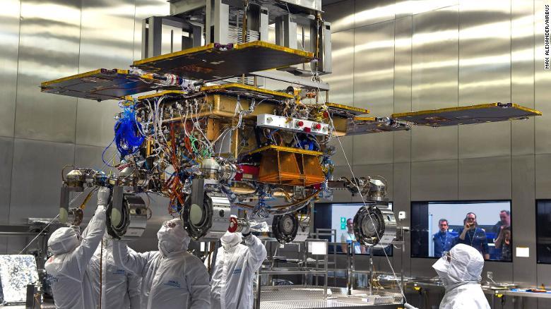 Через коронавірус перенесли запуск марсіанського зонда - Марс, коронавірус, NASA - 16 zond