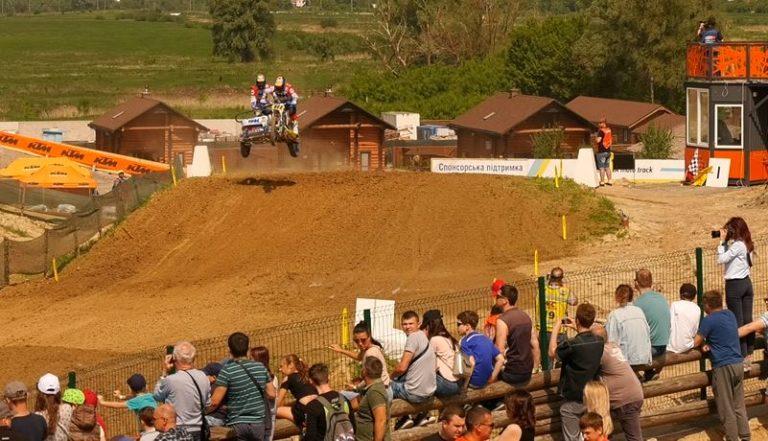 Екстрим-гонки на мотоциклах: у Бучі відбудеться етап Чемпіонату світу з мотокросу -  - 18 1 768x441 1