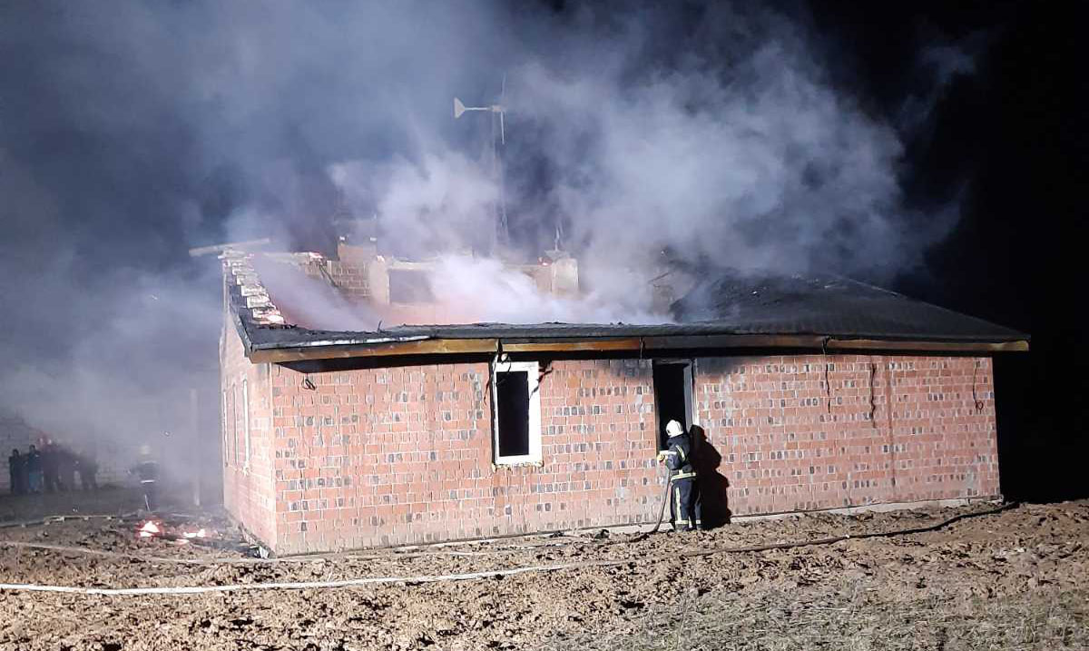 Пожежа у Гореничах на Київщині: виявлено тіла двох загиблих -  - 2020 03 12 08 13 19