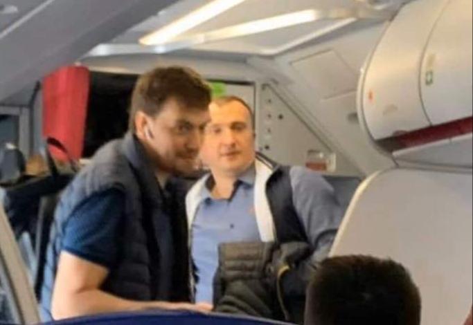 Колишній прем'єр Гончарук вилетів з України разом із колишнім мером Ірпеня Карплюком -  - 20200307 223738