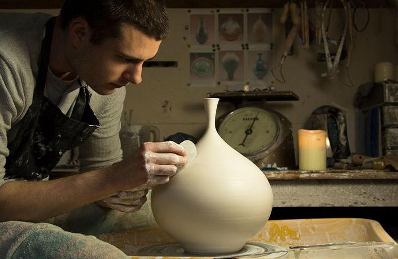 «ЦеГлина 2020»: стартував художній проєкт сучасної кераміки для професійних керамістів -  - 23068 5b461329017da