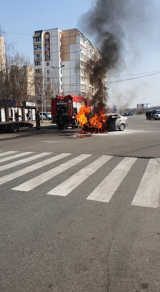 У Вишневому згоріло авто - Вишневе - 2C7D2547 BC51 40A1 A543 3E9E580E0E43