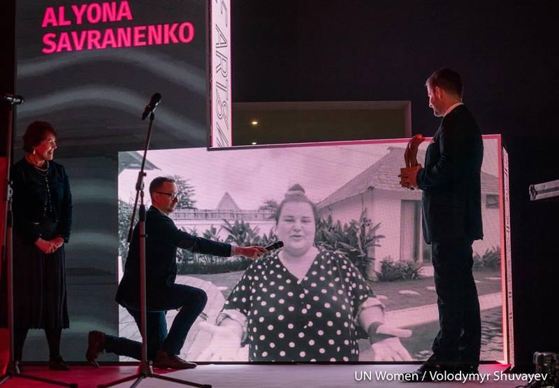 Реперка аlyona аlyona з Баришівки отримала премію Women In Arts
