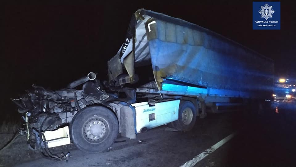 На Переяславщині зіштовхнулися дві вантажівки, люди дивом вціліли -  - 85237801 1703818456458407 770391376259973120 n