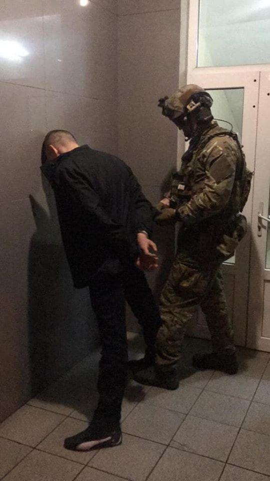 У Києві затримано групу наркоторговців з оборотом у 2 млн грн -  - 89816756 3251812838163389 7291762928439525376 o