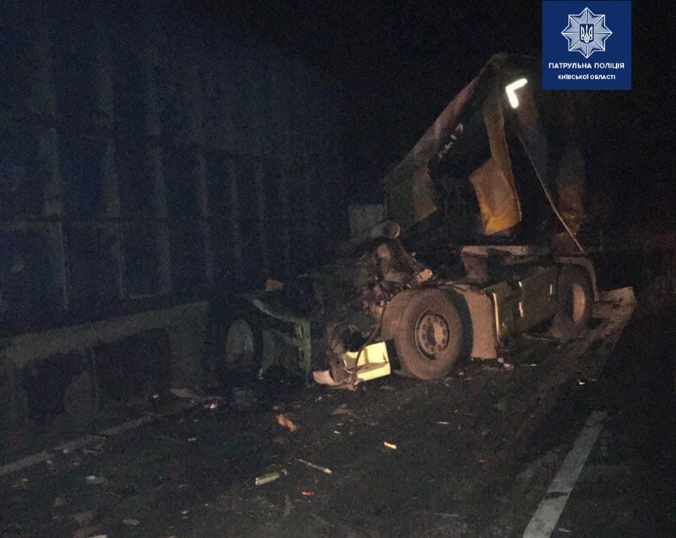На Переяславщині зіштовхнулися дві вантажівки, люди дивом вціліли -  - 89951427 1703818603125059 6748393271359176704 n