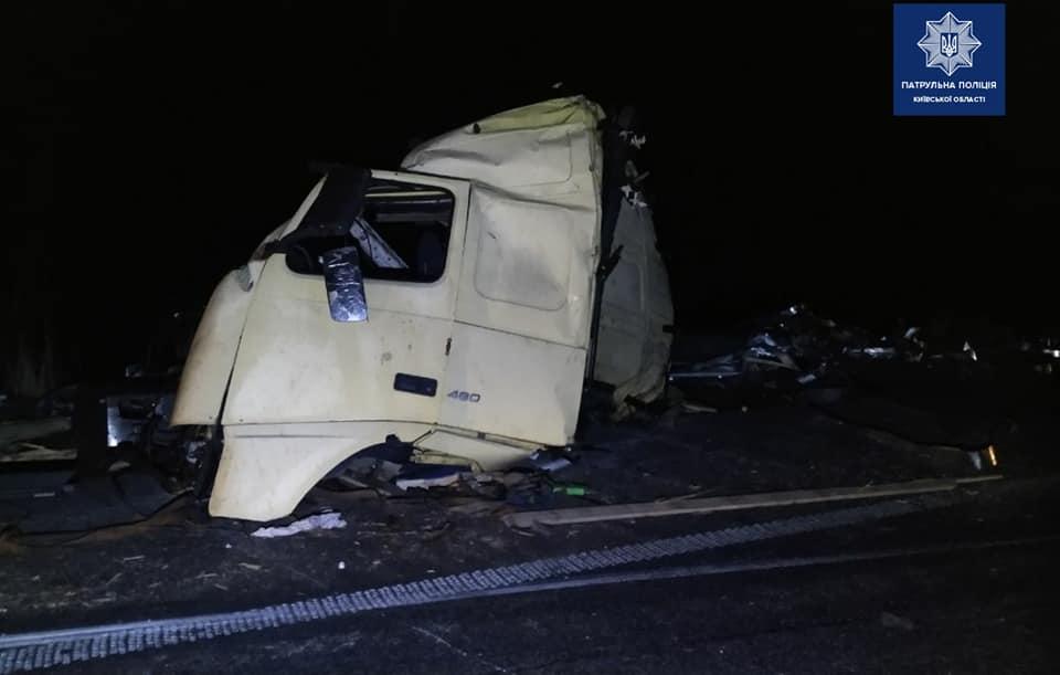 На Переяславщині зіштовхнулися дві вантажівки, люди дивом вціліли -  - 89965613 1703818533125066 3313872598089072640 n