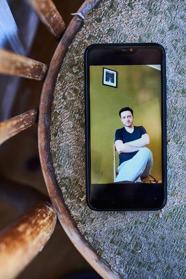 Портрети митців через відеодзвінок: український фотограф знімає під час карантину -  - 90106630 1054470844923096 4197814848001671168 o