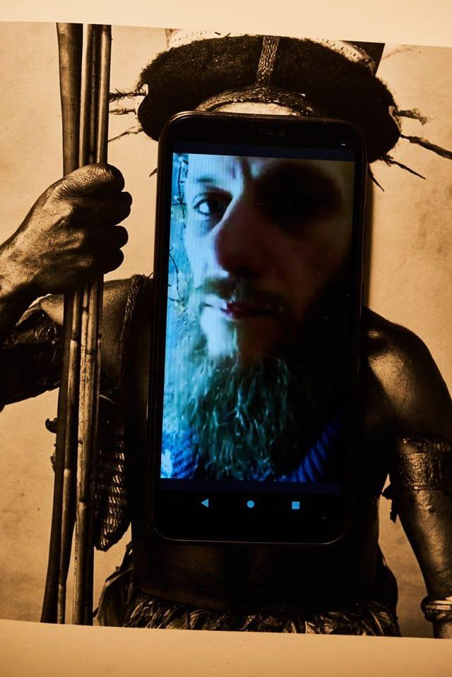 Портрети митців через відеодзвінок: український фотограф знімає під час карантину -  - 90149001 1054471331589714 5016829806717698048 o