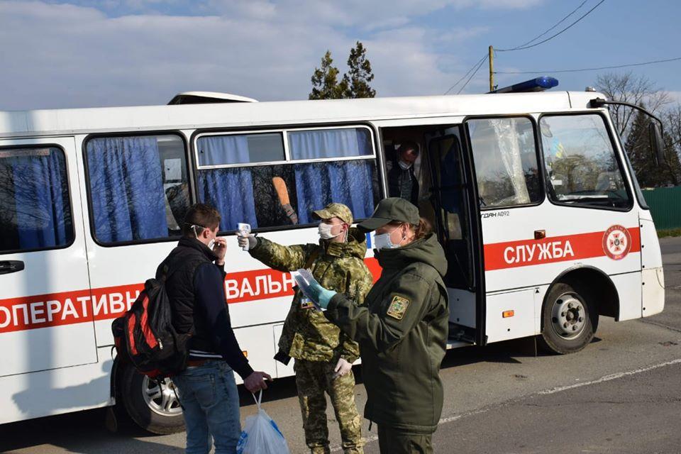 На кордоні черг немає, українців переправили на Батьківщину -  - 91436218 1555717044580038 7606418125239615488 o