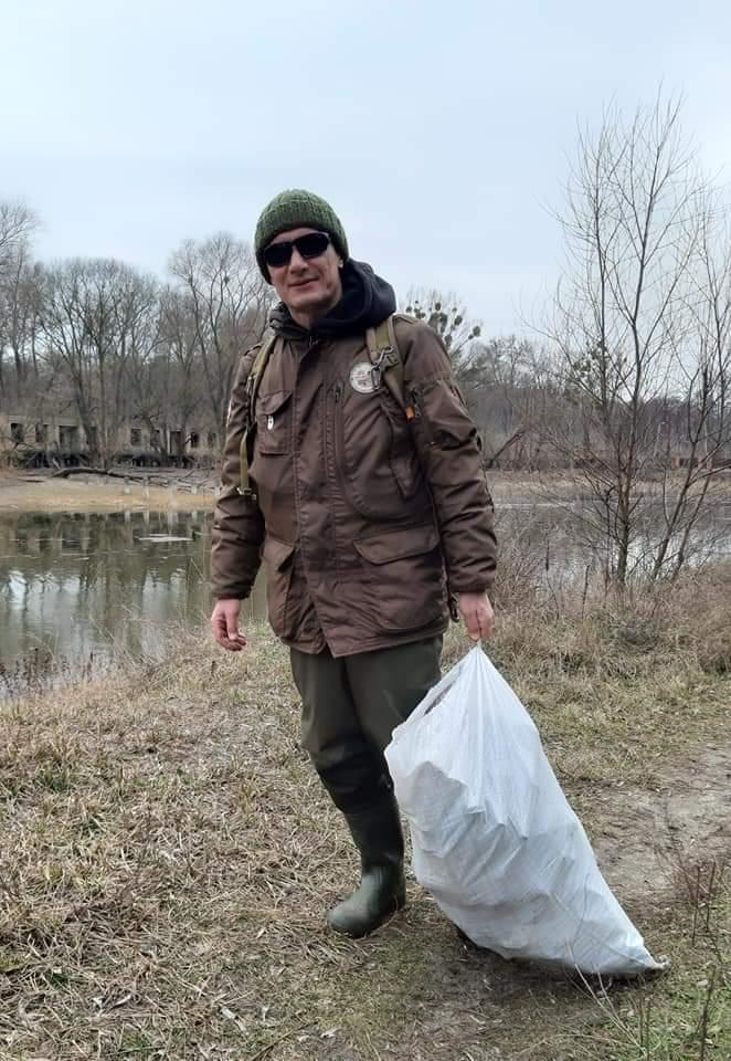 FB_IMG_1583086829426 Ірпінські рибалки очистили озеро від сміття та відремонтували шлюз