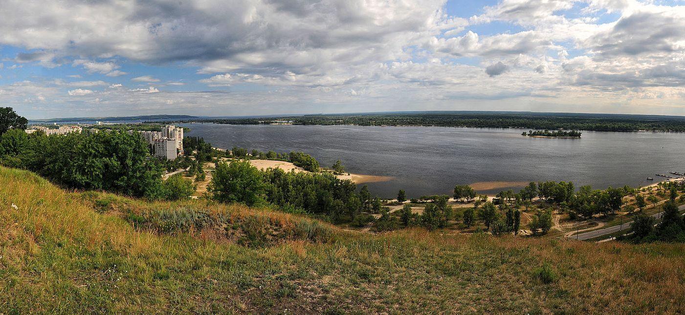 Бориспільський суд повернув державі землі в акваторії Канівського водосховища -  - Lysa Gora Kaniv Cherk 278