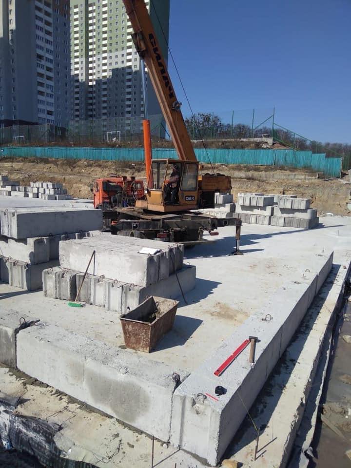 Карантин не зупинив будівництво соціальних об'єктів  на Вишгородщині -  - SHKOLA2