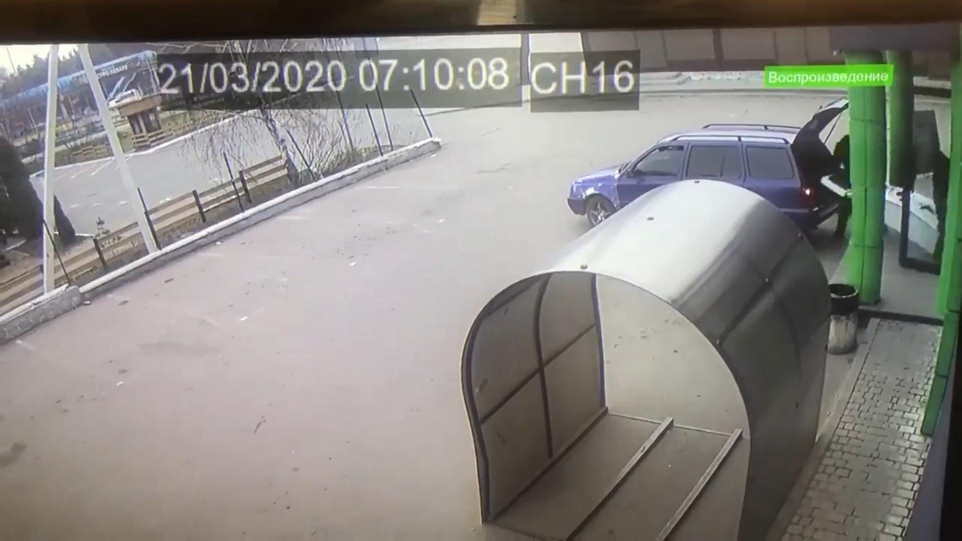 На Васильківщині викрали з супермаркету платіжний термінал -  - Snymok ekrana 46