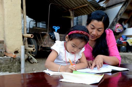 Як змінився світ для дівчат за останні 25 років: свіжа статистика -  - UN0219965