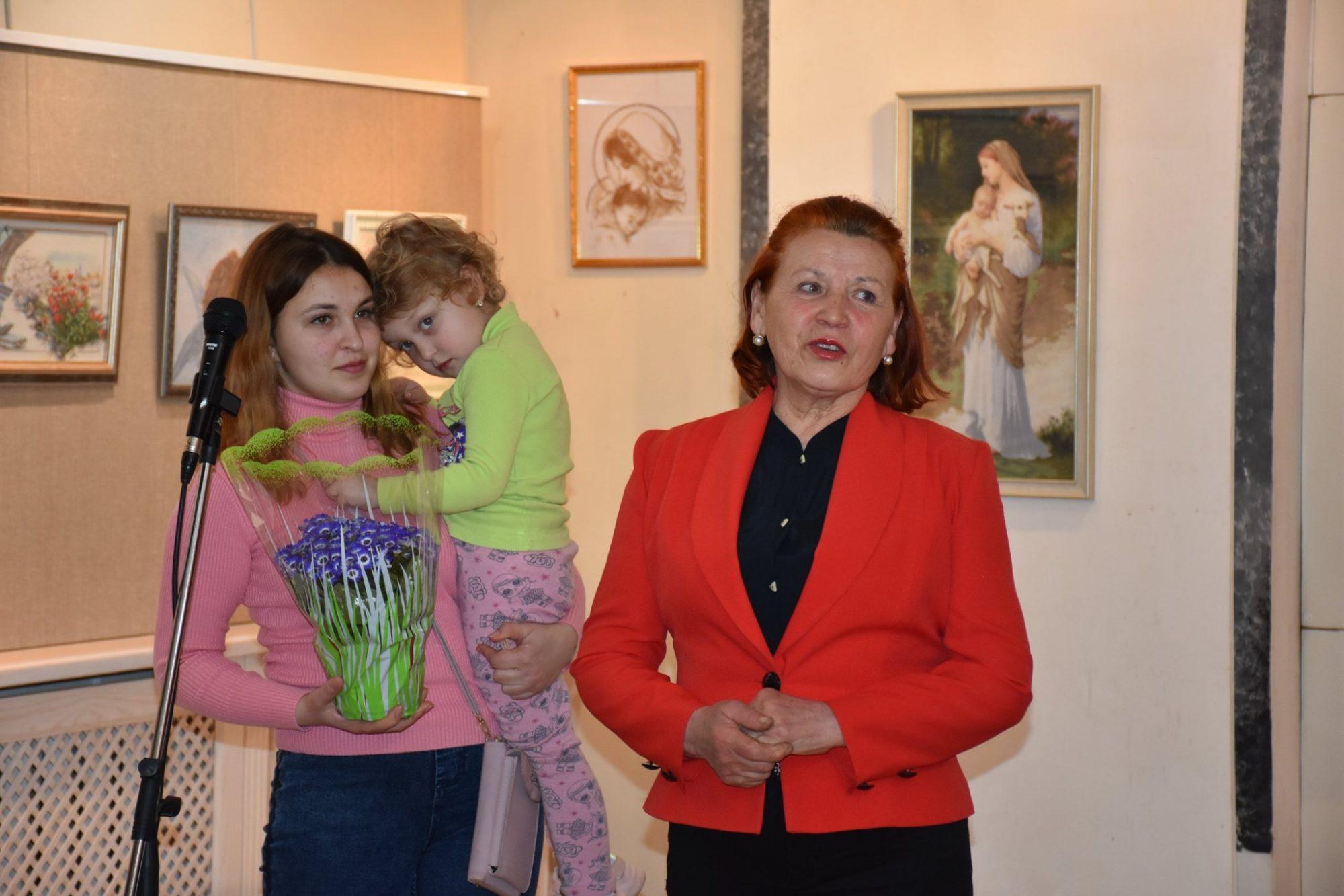 """""""Спадкоємність трьох поколінь"""": у Боярці відкрили виставку -  - VystavkaBoyarka 2000x1333"""