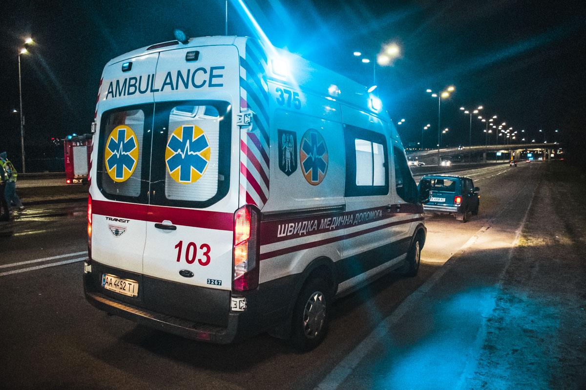 Смертельна ДТП в столиці: пасажир загинув, водій в критичному стані -  - dtp 3 of 15