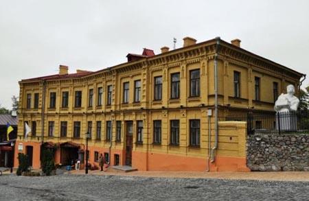 У березні столичні музеї запрошують на дні відкритих дверей (перелік) -  - muzey kavaleridze