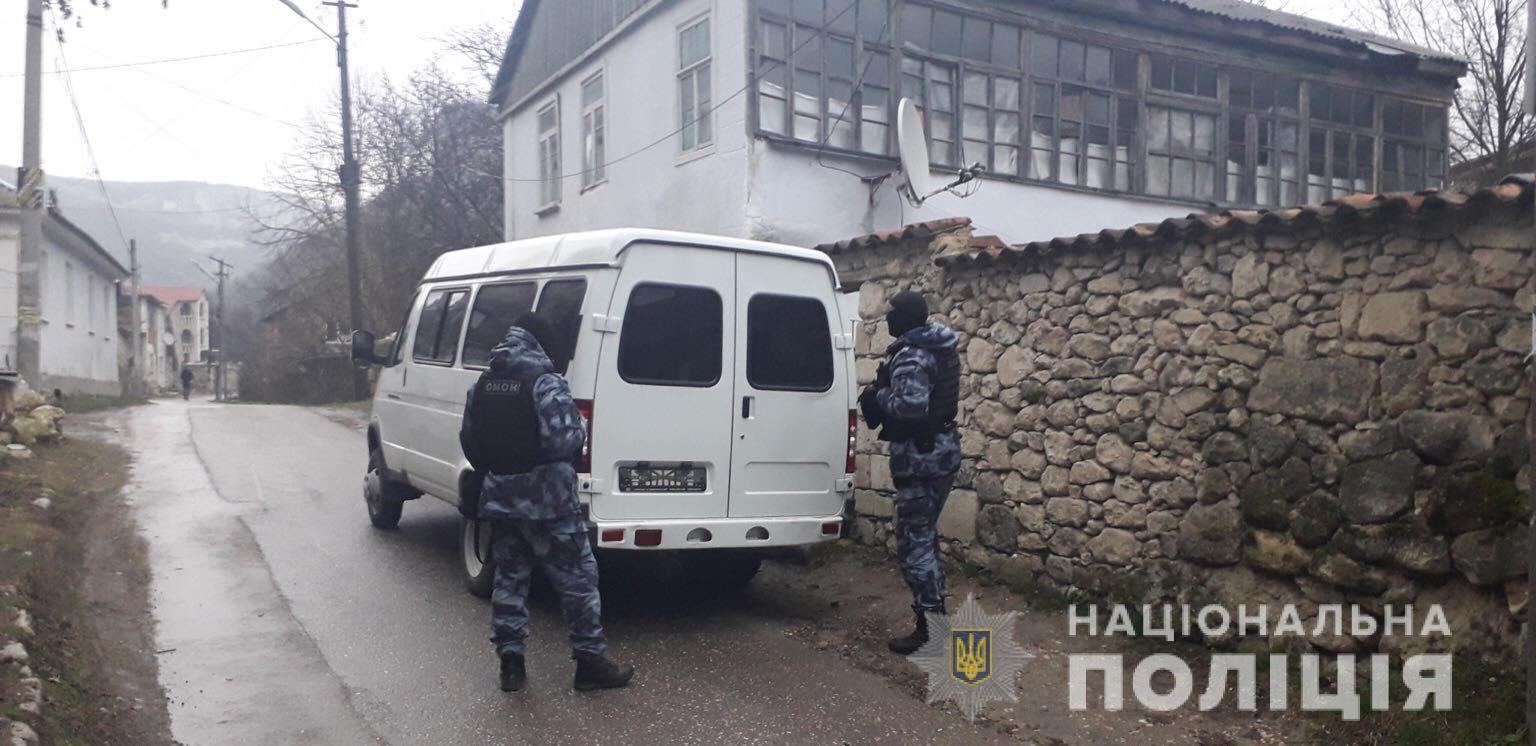 Незаконні обшуки в Бахчисараї: українська поліція відкрила справу -  - ob1