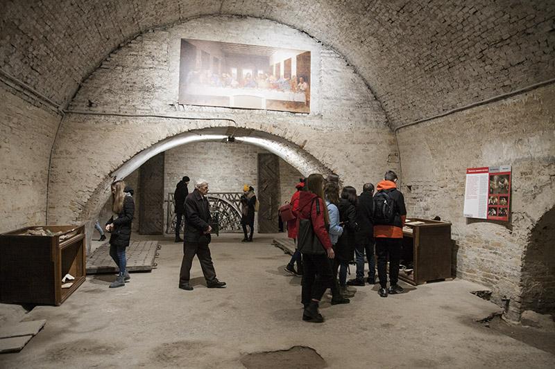 Підземелля Луцька відкрили для екскурсантів -  - pidz eks2