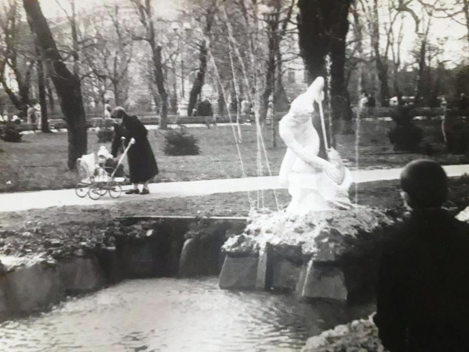 Скульптури біля київських фонтанів - київщина, Київ, історія - skul4