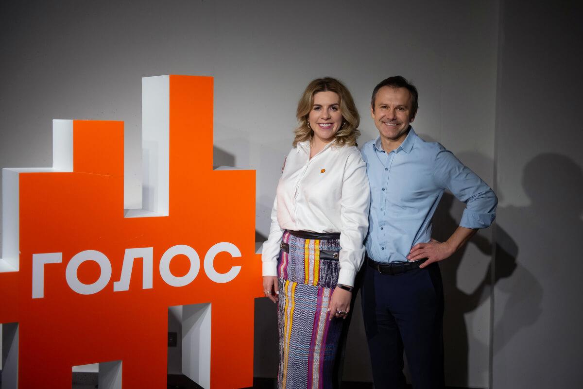 """Більше не голова: замість Вакарчука партію """"Голос"""" очолила Кіра Рудик -  - vakarchuk i rudik 1583996794"""