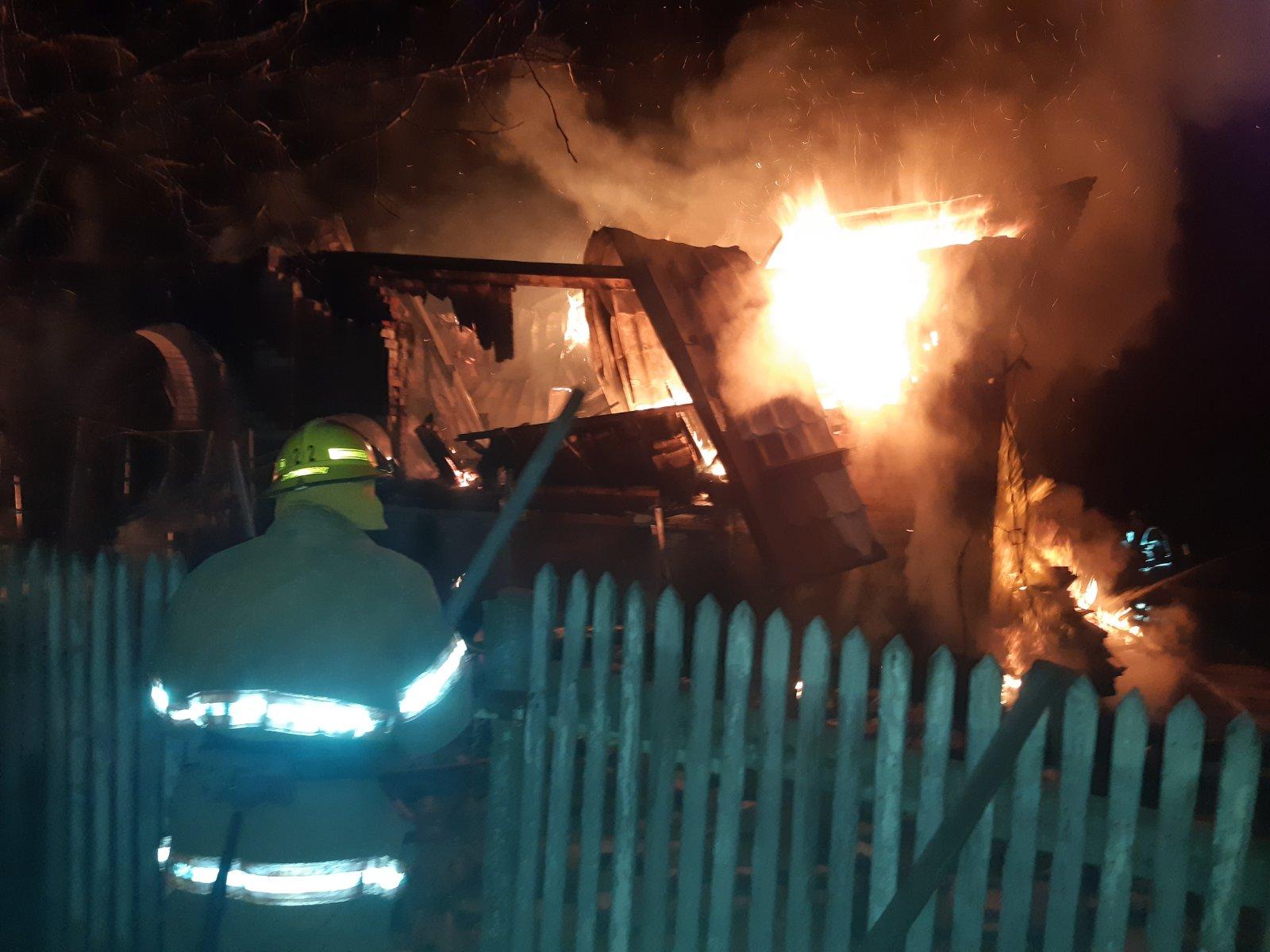 Вогонь знищив будинок на Броварщині -  - yzobrazhenye viber 2020 03 29 11 42 29