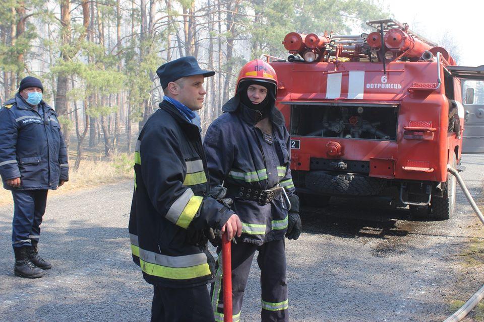 Боротьба з лісовими пожежами в зоні ЧАЕС (ФОТО) -  - 009