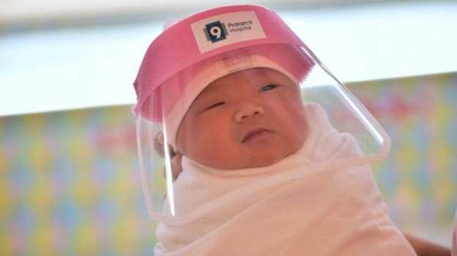 У Таїланді використовують додатковий захист немовлятам від коронавірусу - коронавірус - 111746207 1034162d a56f 4cc0 b276 8178845eeda1