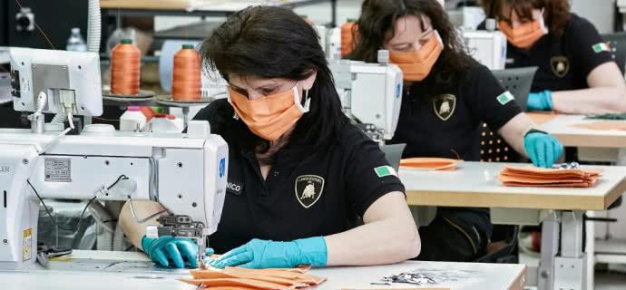 Італійський автовиробник Lamborghini почав виготовляти медичні маски - протидія коронавірусу, Італія - 154a509 2342
