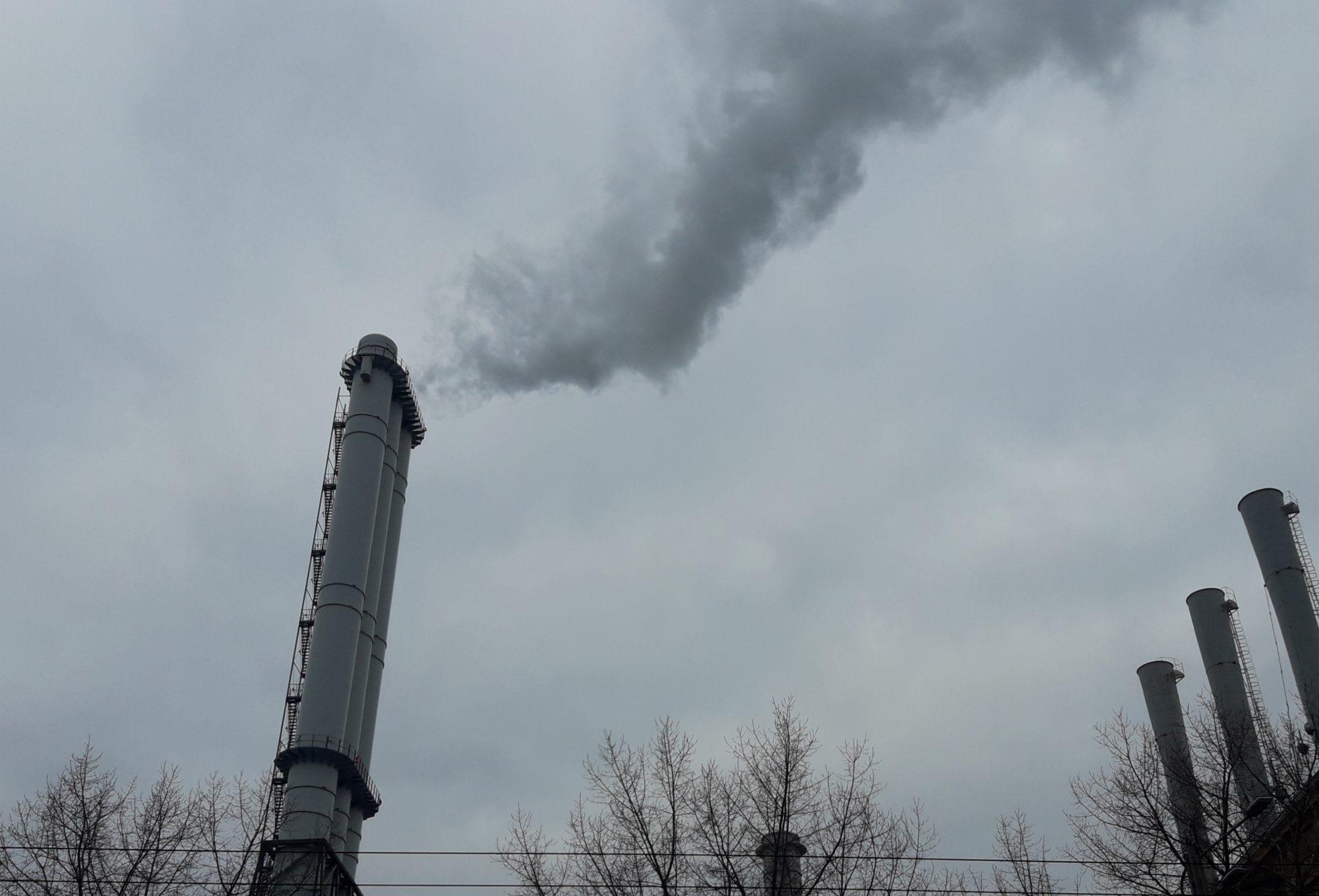 Шкідливі викиди: у Коцюбинському вимагають провести перевірку підприємств -  - 20200403 083951 2000x1360
