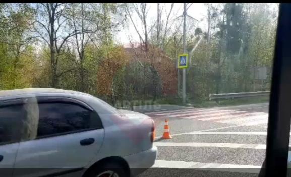 На Варшавській трасі біля Ворзеля збили пішохода -  - 20200427 114553