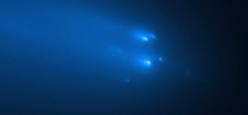 Руйнування комети ATLAS потрапило в об'єктив телескопа Хаббл - комета - 30 atlas