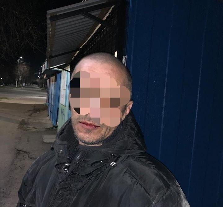 У фастівчанина виявили пістолет з набоями: його затримали - Фастівське відділення поліції, Фастів, зброя - 91526825 1344260182449592 7142164012019482624 o