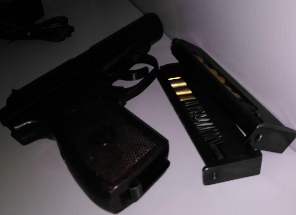 Українці ходять до суду зі зброєю: співробітники Служби судової охорони вилучили більше 1000 небезпечних предметів -  - 92054076 234282924644450 3755648768037355520 n