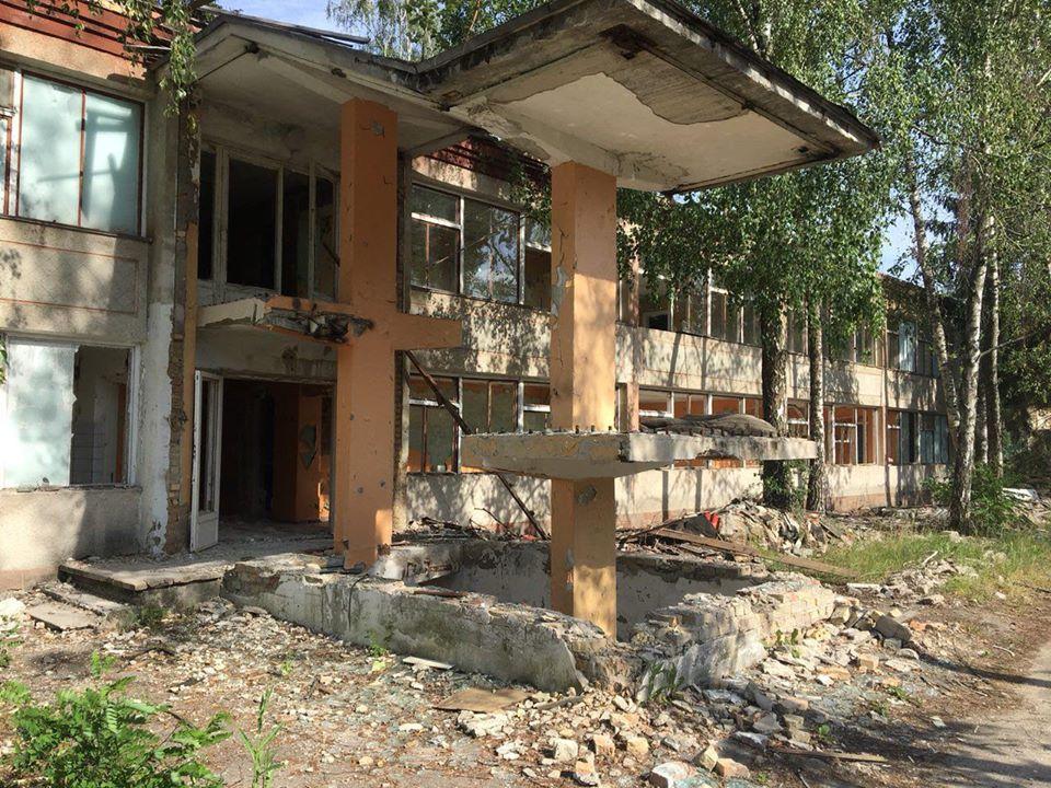На Броварщині незаконно демонтували та знищили санаторій і дитячий табір: тривають слідчі дії -  - 92457662 3318531214824884 8126612473798197248 o