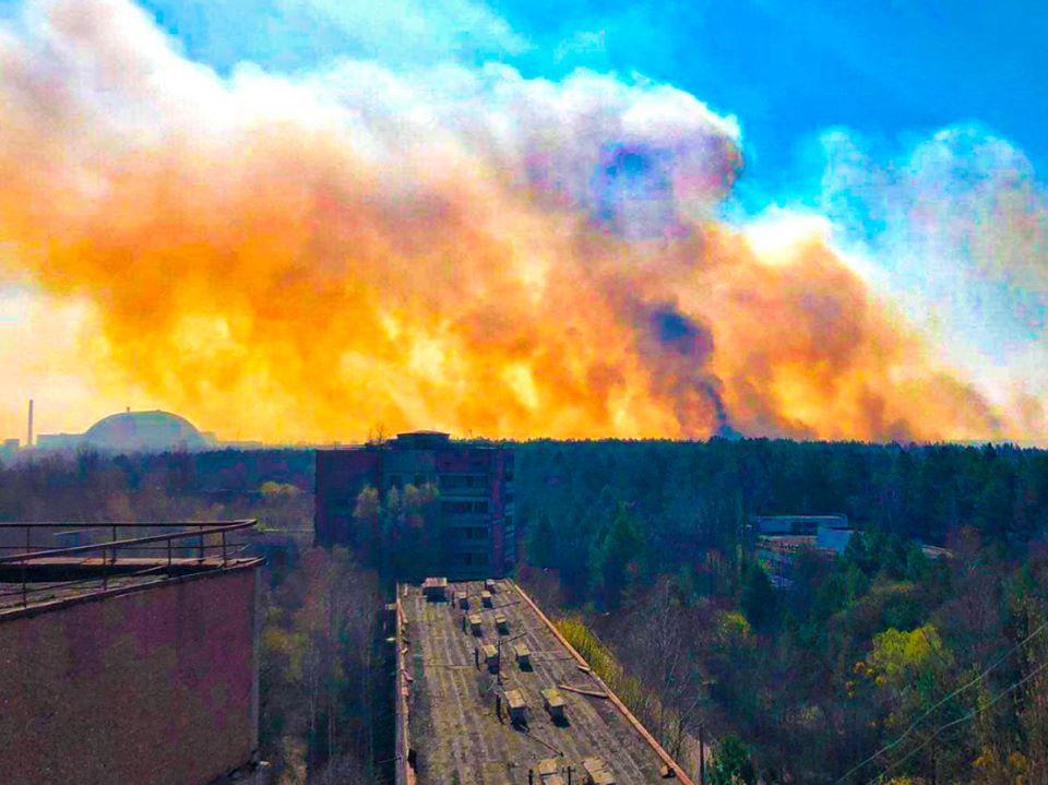 Вогонь у Чорнобильській зоні наближається до сховища з радіоактивними відходами -  - 92664490 1872618552873239 5752275507991281664 o