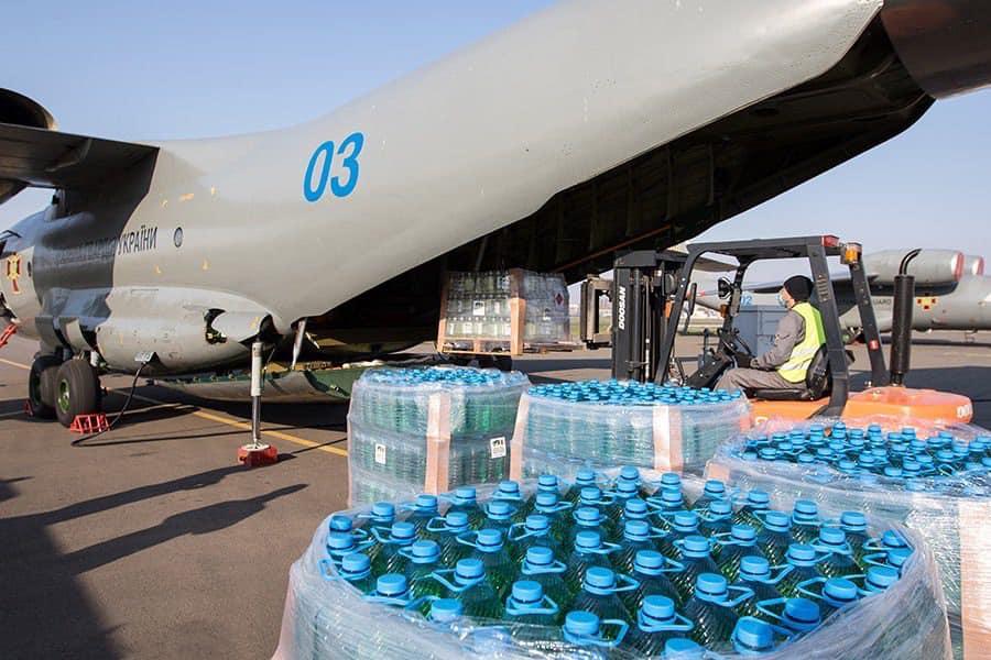 Для боротьби із COVID-19 Україна передала Італії п'ять тон дезінфікуючої рідини -  - 92794065 2903476679739004 4602956493103300608 n