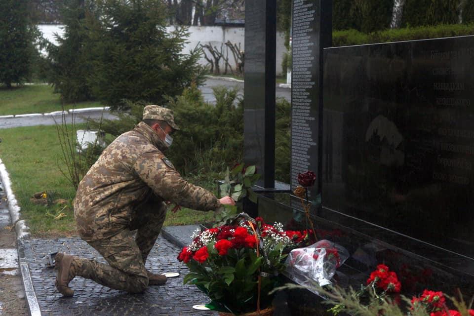 У Білій Церкві воїни 72-ї бригади відкрили меморіал пам'яті полеглих на війні побратимів - Війна на Сході України, Біла Церква - 93230798 2683172448477374 5906101685842870272 n