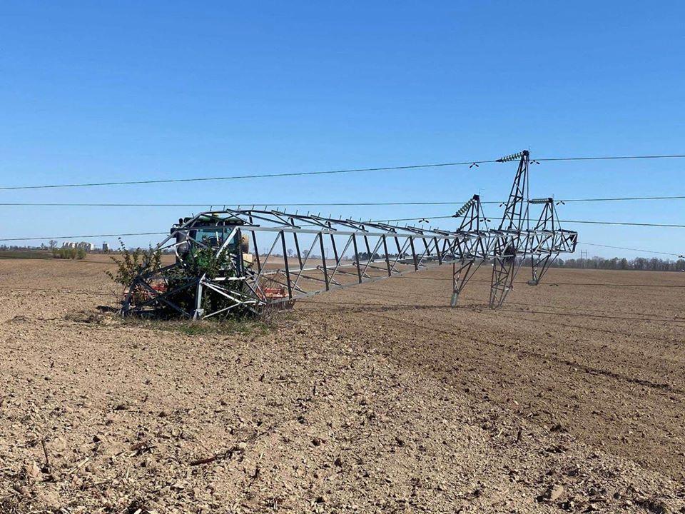 Тракторист залишив Бориспільський та Броварський район без світла -  - 93861312 1663189053831877 1093364314099679232 o