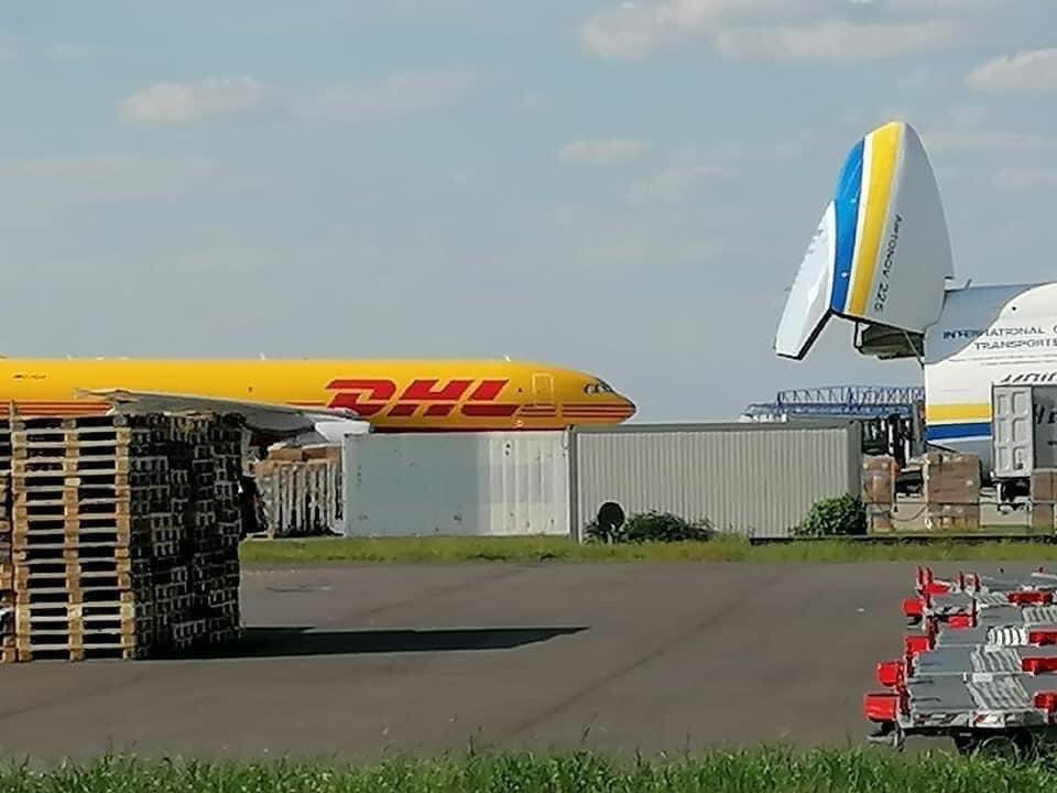 """Український АН-225 Мрія """"проковтнув"""" Boeing 767, вражаючі фото -  - 95137201 166860444790378 2071508717370605568 n"""