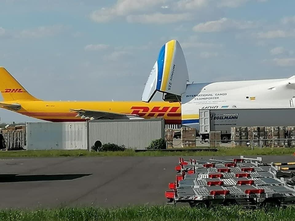 """Український АН-225 Мрія """"проковтнув"""" Boeing 767, вражаючі фото -  - 95257324 166860478123708 8039314759541063680 n 1"""