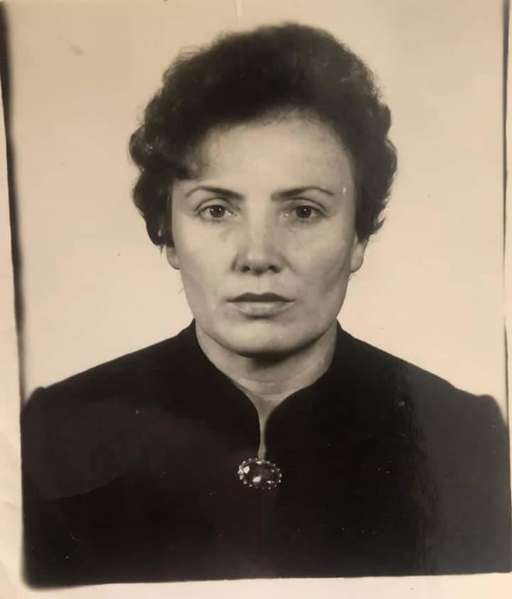 25 років навчала жителів Бучі: пішла у вічність педагог Ніна Трохимівна Черниш -  - FB IMG 1585888890437