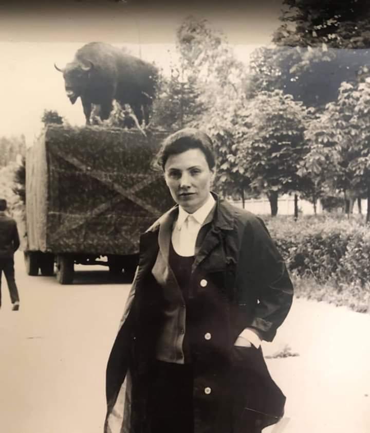 25 років навчала жителів Бучі: пішла у вічність педагог Ніна Трохимівна Черниш -  - FB IMG 1585888894690