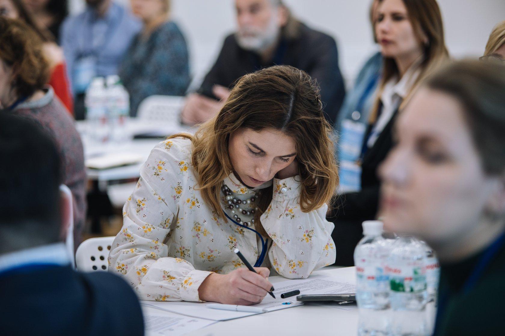 СОVІD–19: виклики та потреби громадкості в умовах кризи - Громадскість - Isar