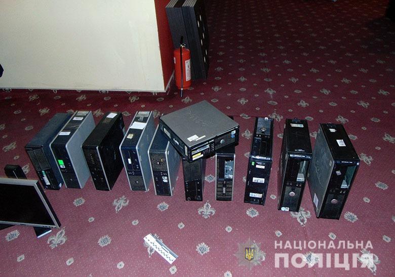 У Києві припинили роботу п'яти підпільних гральних закладів -  - dnstrelok1204202 1